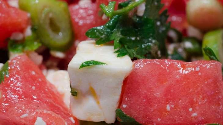 Salade de past que d 39 oignons nouveaux et de feta recette par piratage culinaire - Salade de pasteque ...