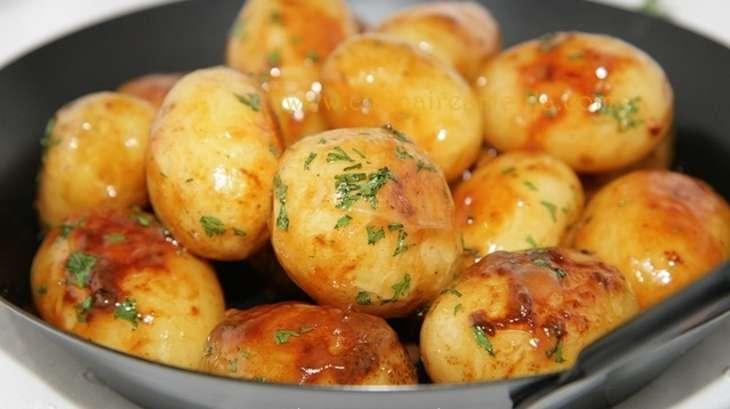 petites pommes de terre au miel recette par culinaireamoula. Black Bedroom Furniture Sets. Home Design Ideas