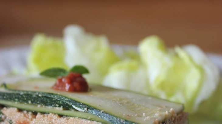 Lasagnes crues de courgette et sa sauce tomate crue