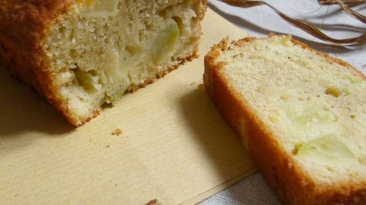 cake normand aux pommes calvados et cannelle recette par rosenoisettes
