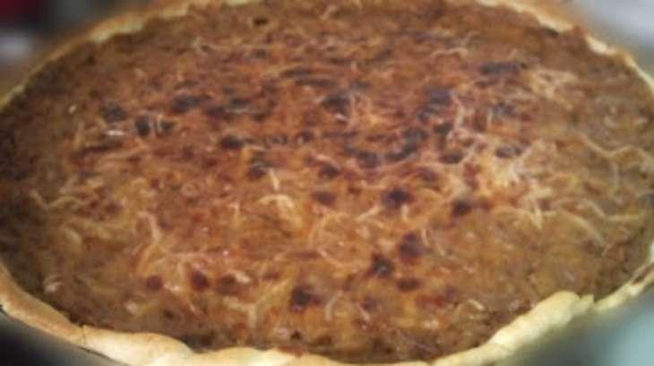 Tarte salée aux oignons, à la crème - une quiche aux oignons à la Bressanne