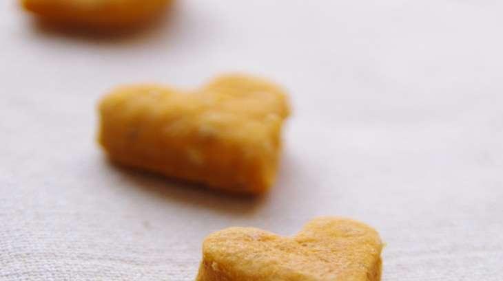 Crackers à la tomate, sésame et ajwain