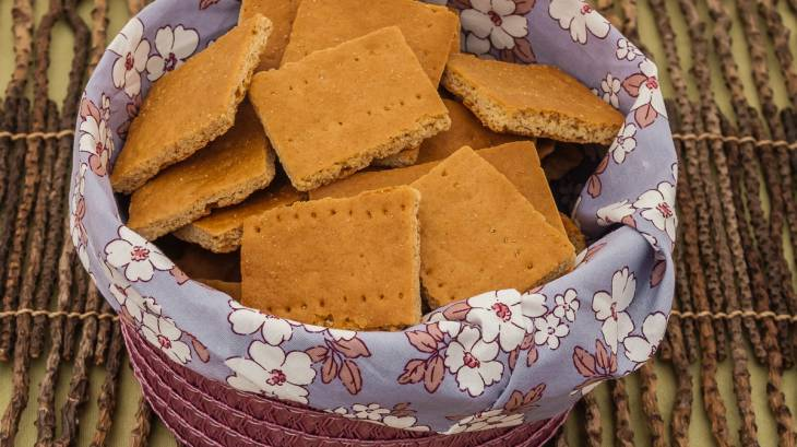 ... free graham crackers cinnamon and sugar graham crackers graham cracker