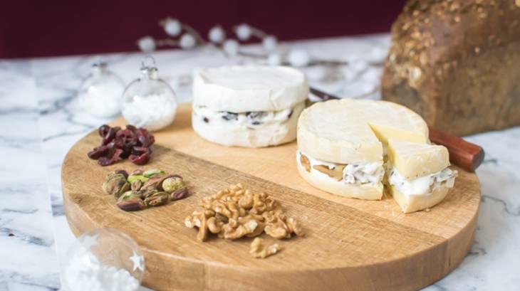 les fromages surprises cranberries pistaches noix et graines de lin par geekettecuisine. Black Bedroom Furniture Sets. Home Design Ideas