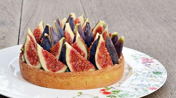 Tarte figues fraiches chantilly tonka par isabelle - Cuisiner figues fraiches ...