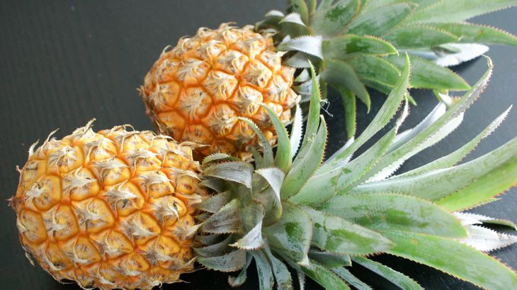 Préparer un ananas frais