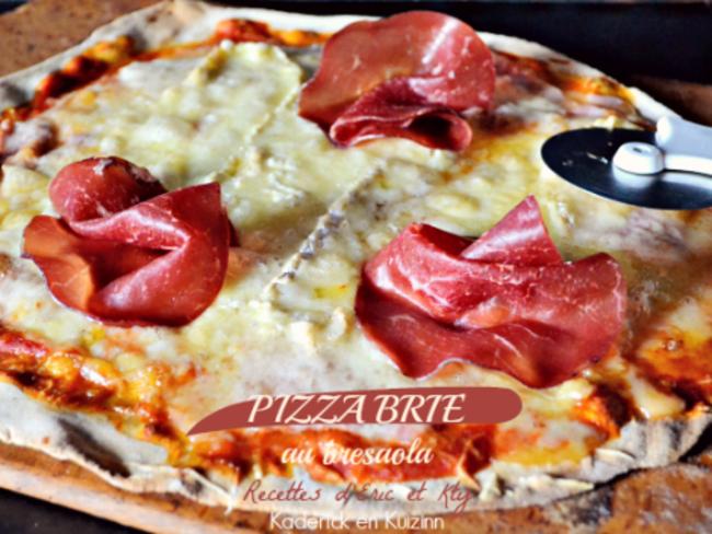 pizza au brie de meaux et bresaola