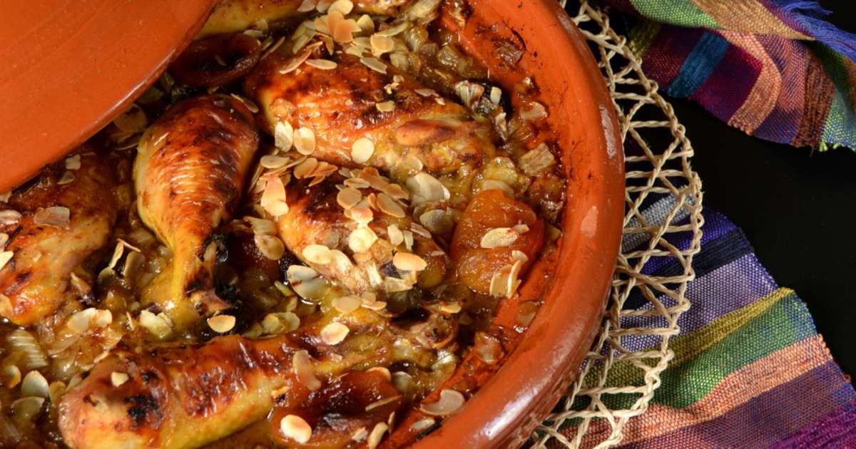 tajine poulet aux pices et fruits secs recette par muffinzlover. Black Bedroom Furniture Sets. Home Design Ideas