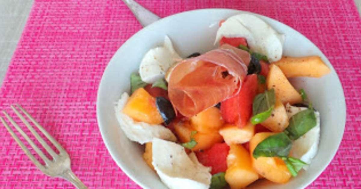 Salade d 39 t au melon past que mozzarella et jambon serrano recette par my culinary curriculum - Salade originale ete ...