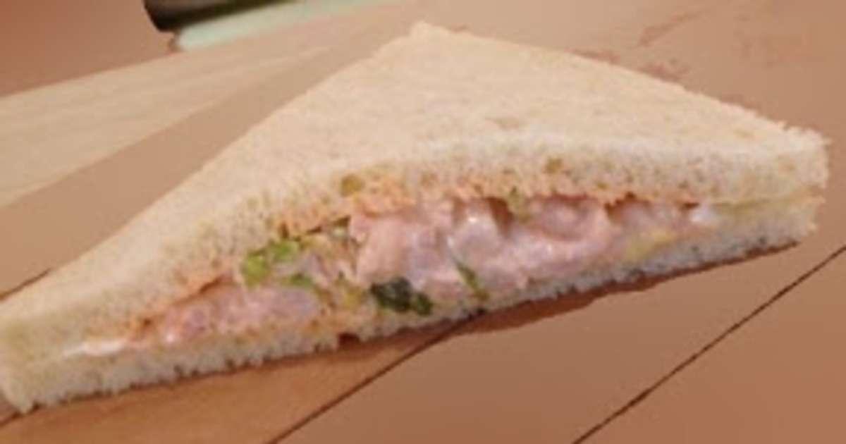 Sandwich aux crevettes sauce rose tramezzini italie recette par streetfood et cuisine du monde - Recette sandwich pain de mie ...
