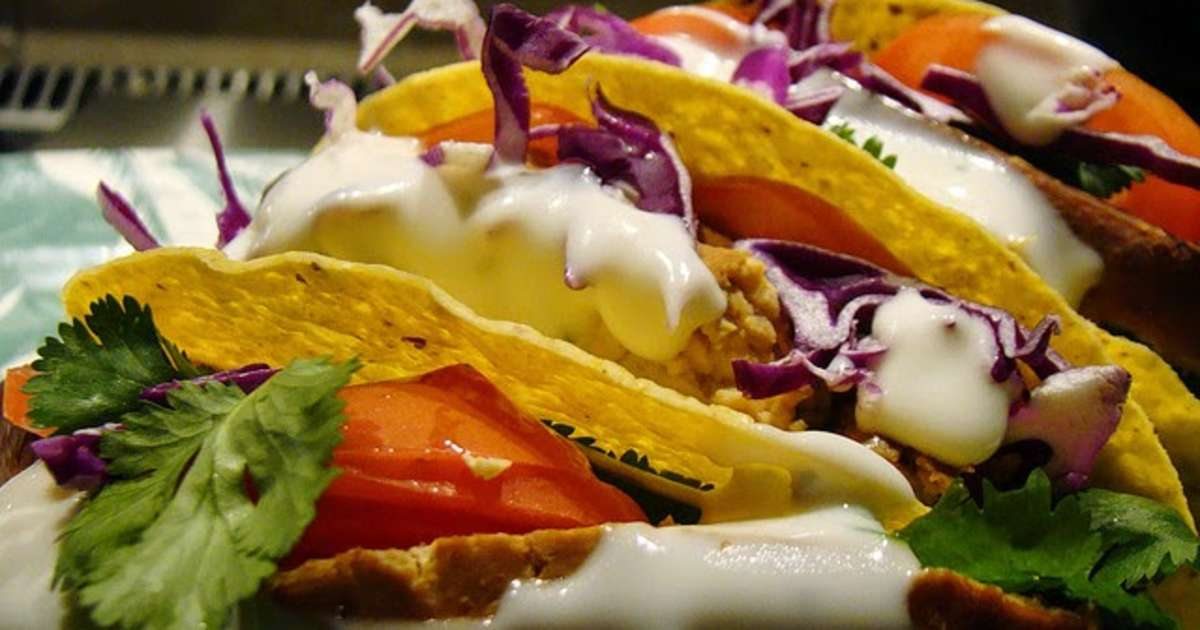 Tacos au thon et l 39 avocat guacamole tomate oignon - Cuisiner le thon rouge ...