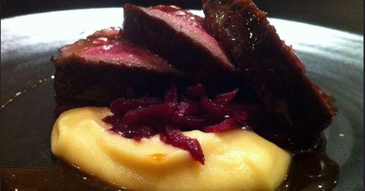 Gigot gigue de chevreuil marin cuit la broche - Cuisiner gigot de chevreuil ...
