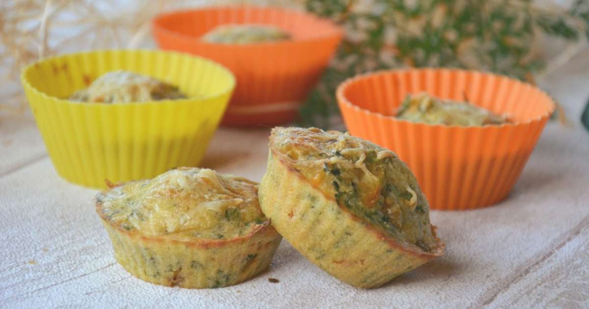 mini cakes aux fanes de carottes - recette par flo/au fil du thym