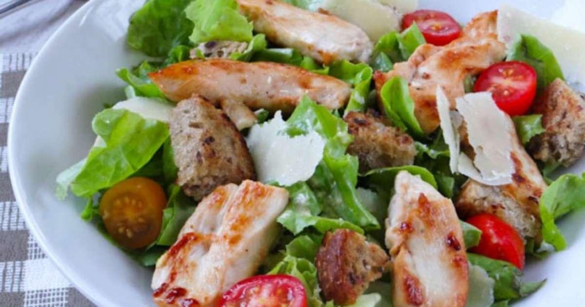 Salade c sar avec ou sans anchois recette par la cuisine - Recette salade cesar au poulet grille ...