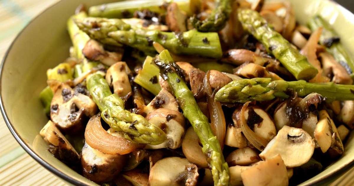 Po l e d 39 asperges fa on asiatique recette par ma cuisine sant - Recette asperge verte poelee ...