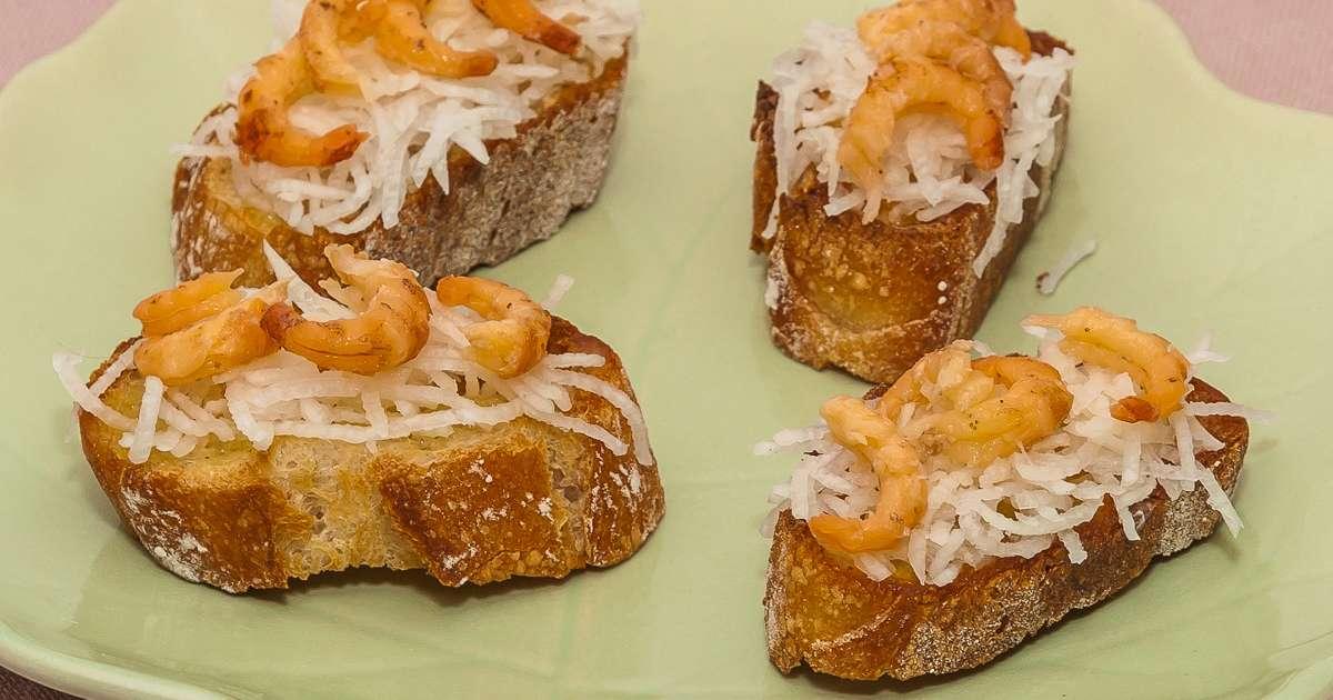 toast de radis noir aux crevettes grises recette par kilometre 0. Black Bedroom Furniture Sets. Home Design Ideas
