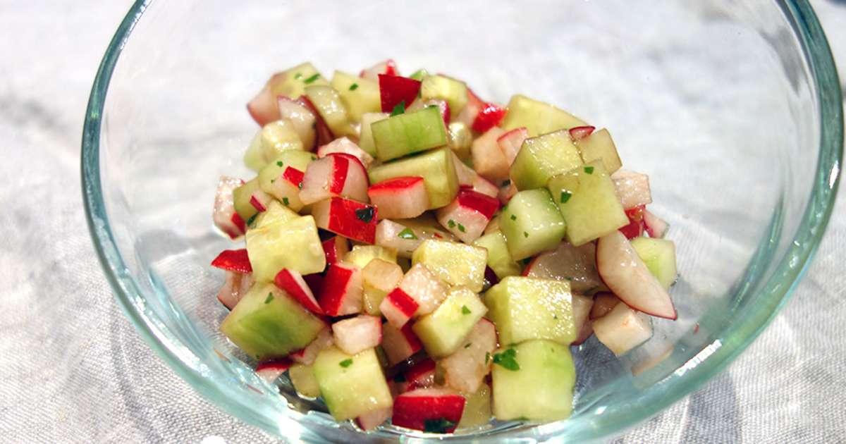 salade radis et concombre simple gourmand recette par simple gourmand. Black Bedroom Furniture Sets. Home Design Ideas