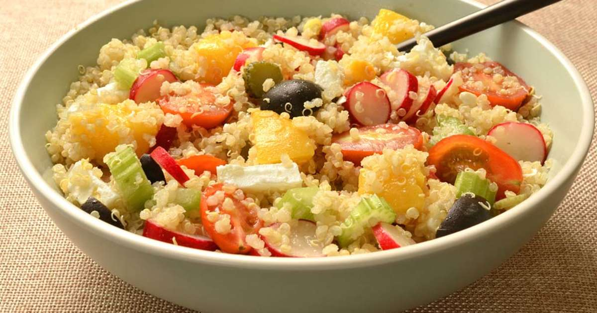 salade de quinoa aux p ches et l gumes ma cuisine sant recette par ma cuisine sant. Black Bedroom Furniture Sets. Home Design Ideas