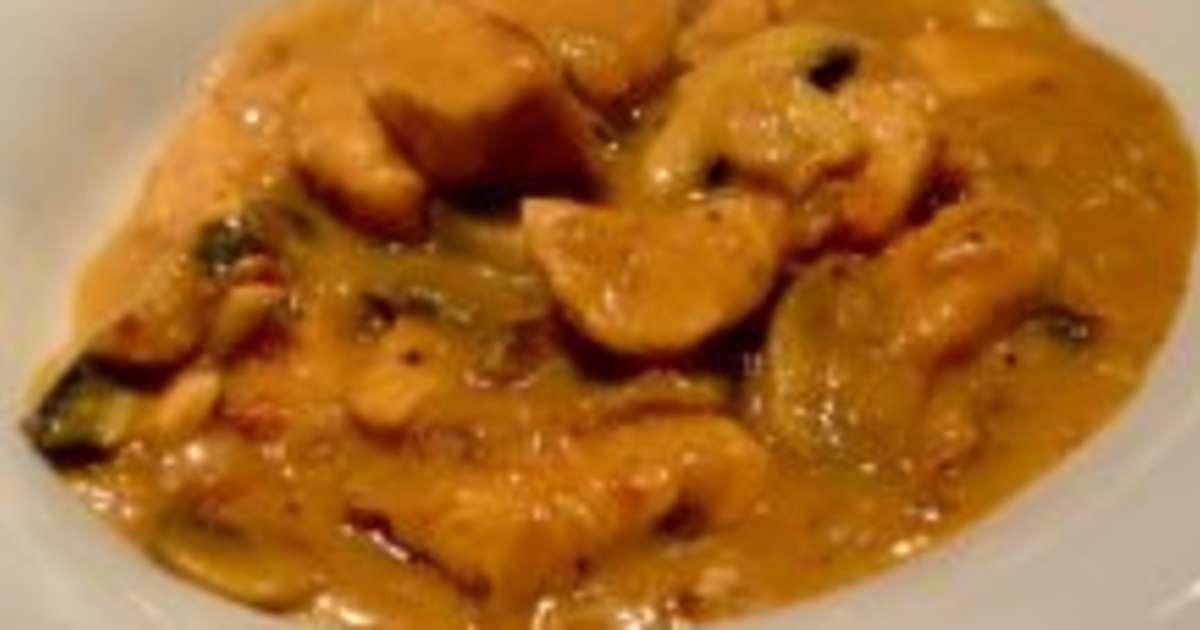 Poulet au champignon et en sauce brune recette par tastygourmandise - Cuisiner le poulet en sauce ...