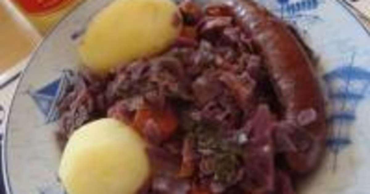 chou rouge et carottes aux saucisses alsaciennes recette par certi 39 ferme. Black Bedroom Furniture Sets. Home Design Ideas