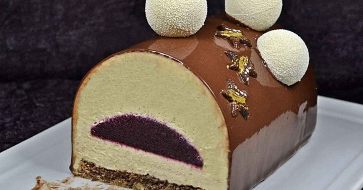 Buche f ve tonka cassis chocolat recette par isabelle for Decorateur professionnel 3 en 1