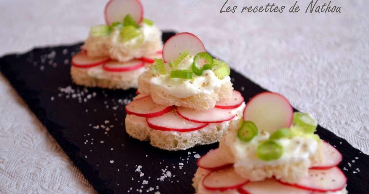 petits toasts au fromage blanc et radis recette par ma cuisine au fil de mes id es. Black Bedroom Furniture Sets. Home Design Ideas