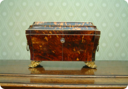 Fine Georgian tortoise shell tea caddy