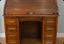 Oak rolltop desk