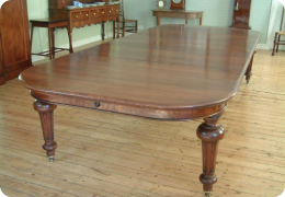Fantastic large oak dining table, seats 12-14