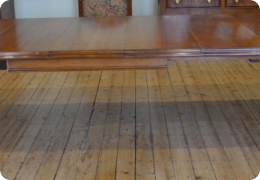 Quartered oak wind out dining table, Victorian