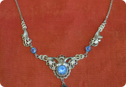 1950s costume necklace