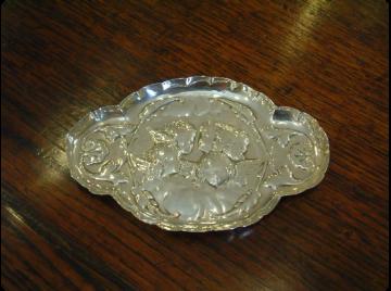 Silver cherub pin dish 1902
