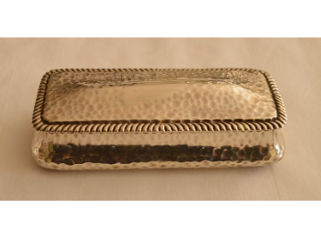 Sterling silver dressing table box, 1900