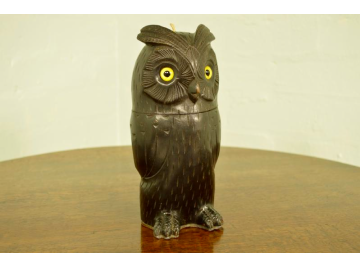 Black Forest owl treen string box