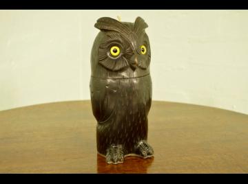 Black Forest owl treen string box