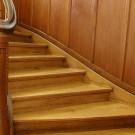 Wann und wie wird die Holztreppe gedämmt?