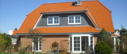 Dachdeckerei - Dachklempnerei Hans-Henning Howe GmbH 24113 Kiel Brandschadenbeseitigung
