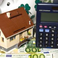 Dachsanierung: Kosten überblicken und Geld sparen