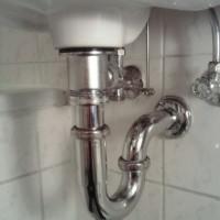 Den Waschbecken-Abfluss vor Verstopfungen schützen!