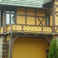 Mit der richtigen Dachentwässerung die Fassade vor Schimmel und Rissen schützen!