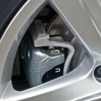 Bremsflüssigkeit selber nachfüllen? Davon ist klar abzuraten!