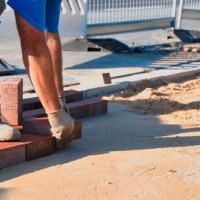 Pflasterarbeiten in Berlin: Granit- und Pflastersteine für Ihre Grundstücksgestaltung