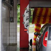 Wie die richtige Autopflege das Fahrzeug lange Zeit strahlen lässt
