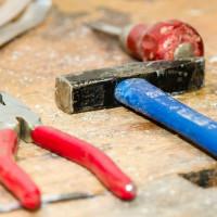 Das Einmaleins der Möbelmontage: Diese Werkzeuge erleichtern die Arbeit