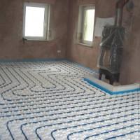 Steuerung und Regulierung der Fußbodenheizung