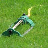 Die richtige Bewässerung für den Rollrasen
