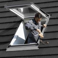 VELUX Dachfenster richtig pflegen und warten