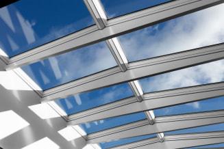 Flachdachfenster  Optimale Tageslichtlösungen von VELUX durch Flachdach-Fenster