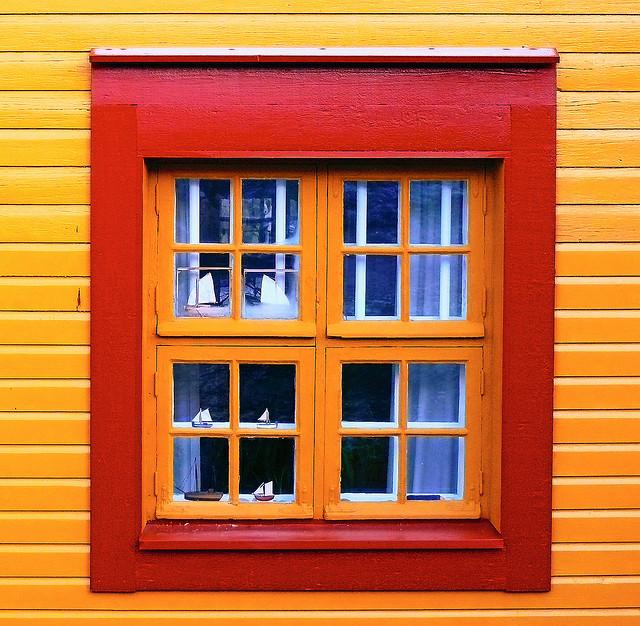Holzfenster mindestens alle drei jahre streichen for Fenster streichen
