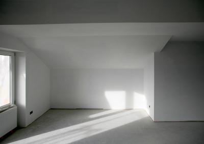 durch renovierungen das haus und die wohnung aufwerten. Black Bedroom Furniture Sets. Home Design Ideas